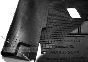 VW T5 CARAVELLE REAR RUBBER MAT,